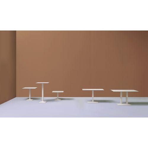 Quadra 4570 pöydänjalka