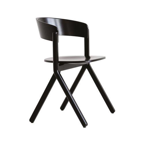 Signa B-1903 käsinojallinen tuoli