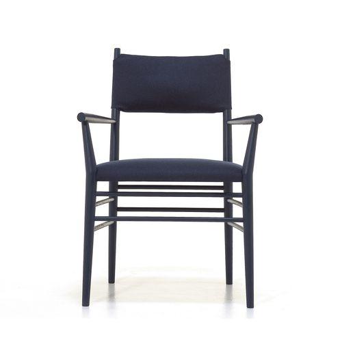 Alpha 169.11 käsinojallinen tuoli