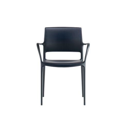 Ara 315 käsinojallinen tuoli