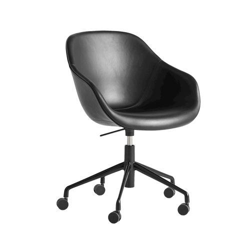 AAC 153 tuoli