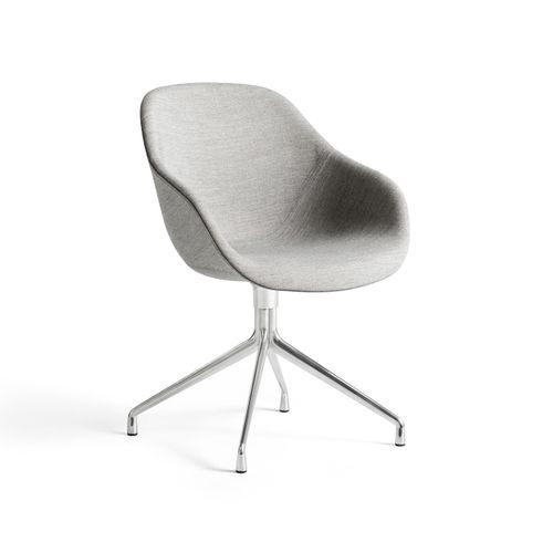 AAC 121 tuoli