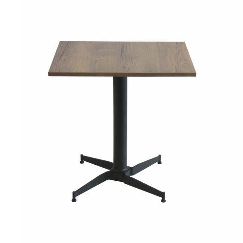 Street X4 itsetasoittuva pöydänjalka