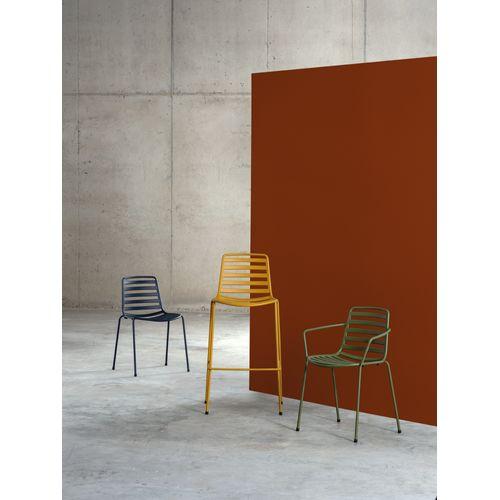 Street 3600 käsinojallinen tuoli
