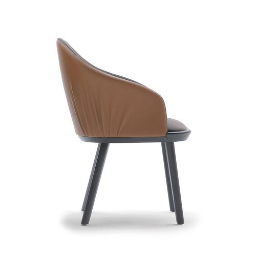 Rivoli 03333 käsinojallinen tuoli