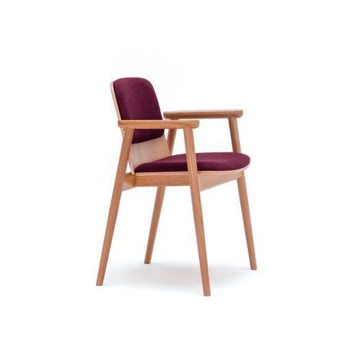 Prop 4395 käsinojallinen tuoli
