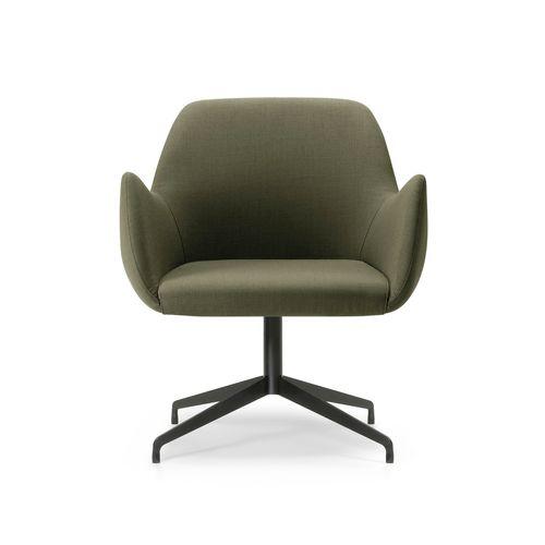 Kesy-05 127 käsinojallinen tuoli