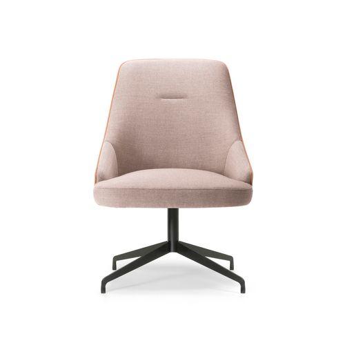 Adima-05 127 käsinojallinen tuoli