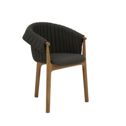 Evo 2946 käsinojallinen tuoli