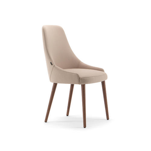Adima-01 100 tuoli